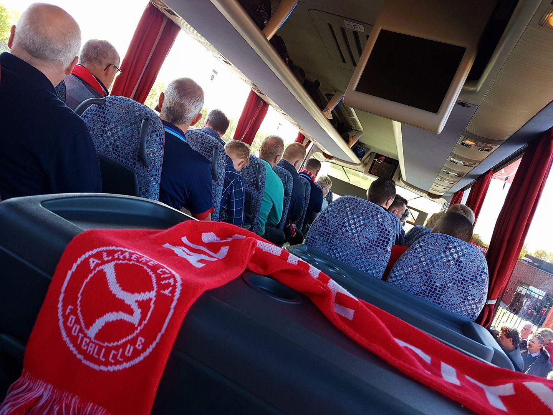 Ticketinfo: Almere City FC doet busreis naar Jong PSV cadeau