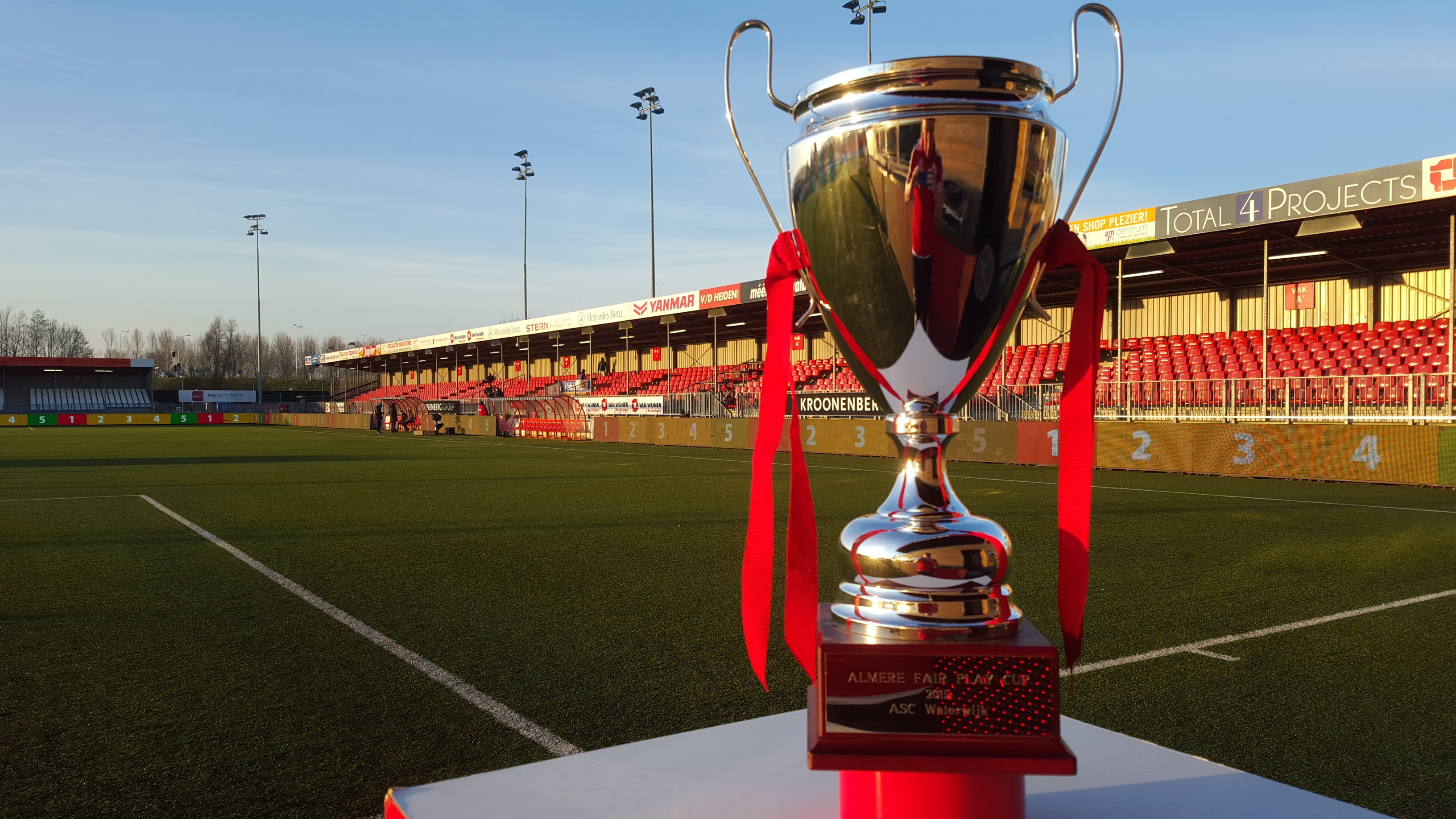 Almere City FC organiseert Rixax Knock-out toernooi