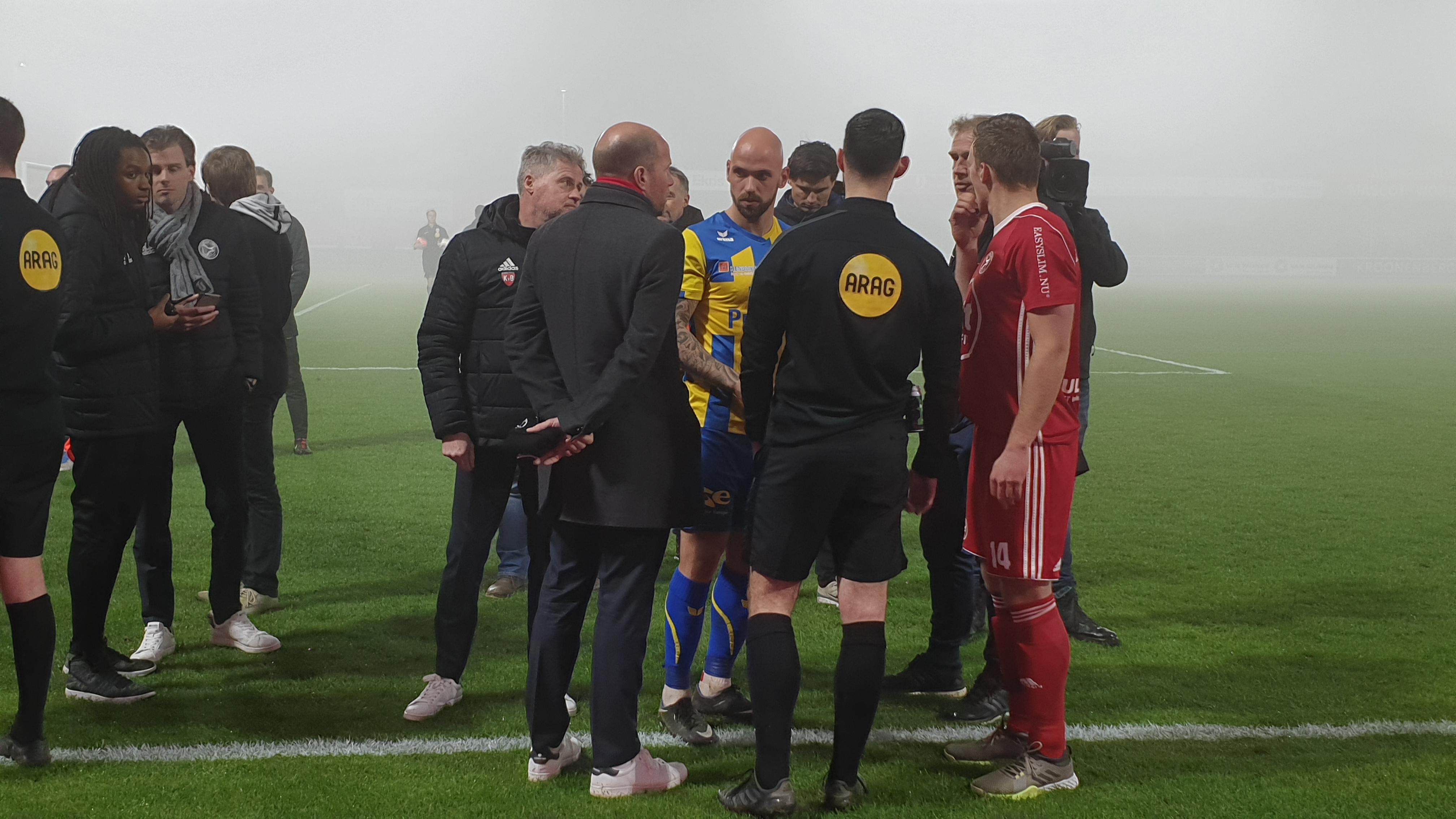Almere City FC – Top Oss gestaakt na 28 minuten vanwege de mist