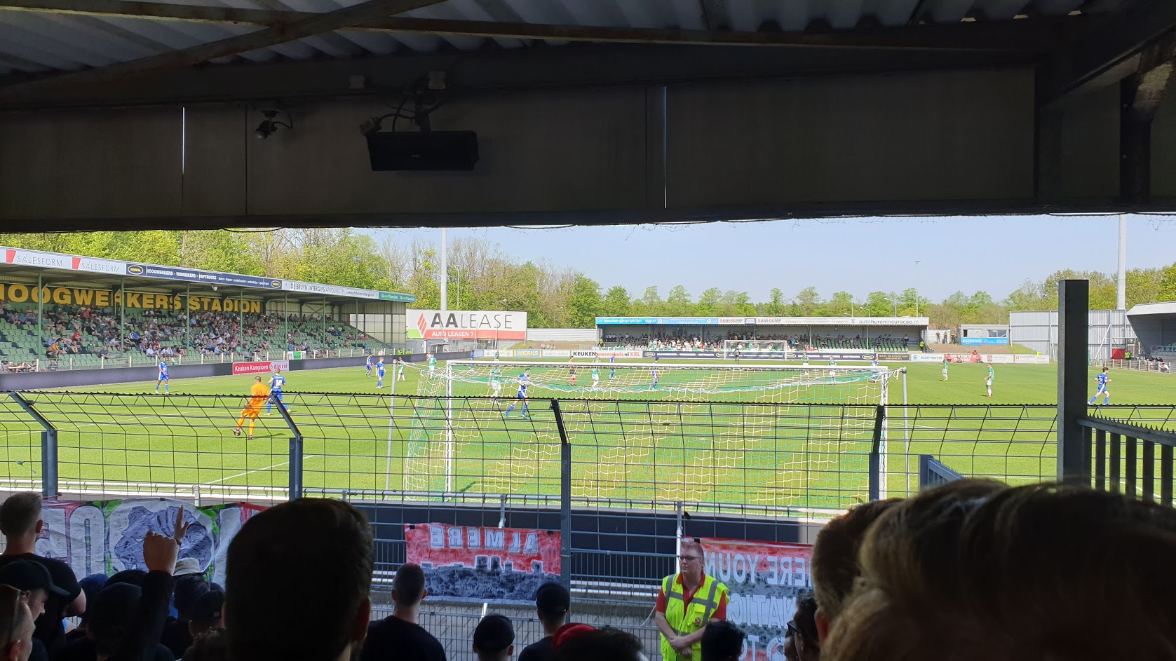 Almere City FC komt te laat op stoom en verliest bij FC Dordrecht