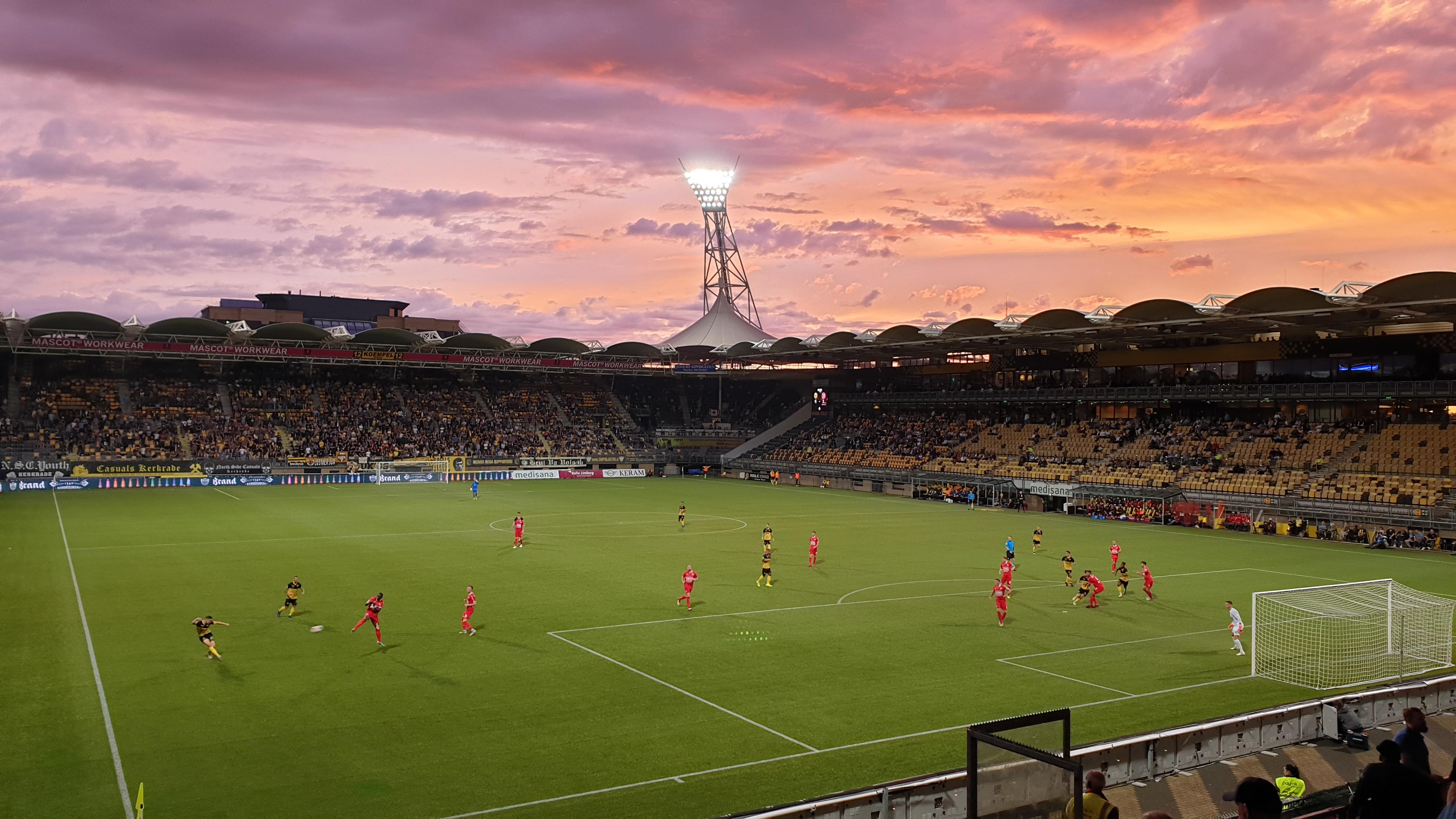 Almere City FC begint het seizoen met een gelijkspel bij Roda JC