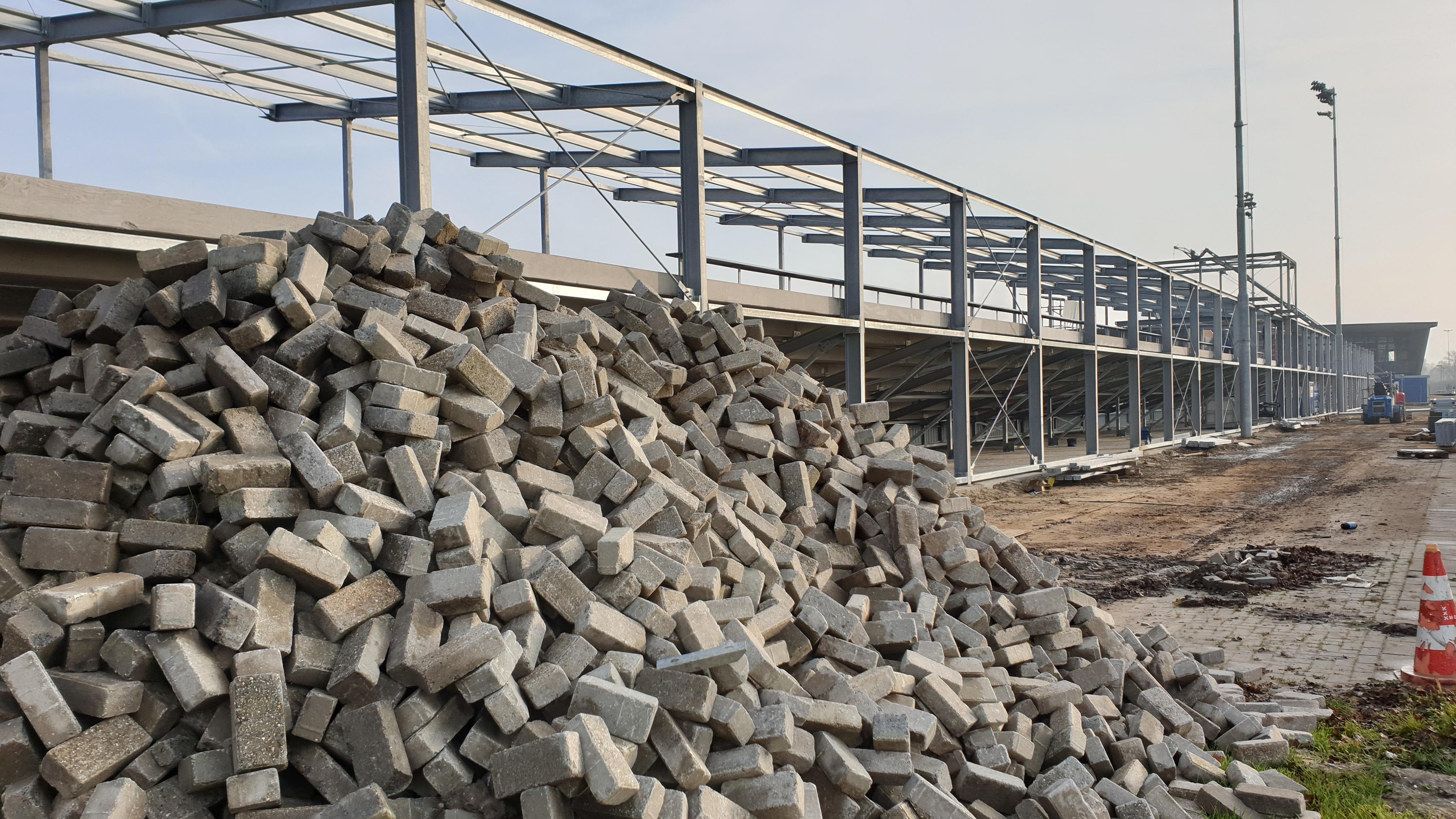 Foto's: Nieuwe hoofdtribune Yanmar Stadion krijgt vorm