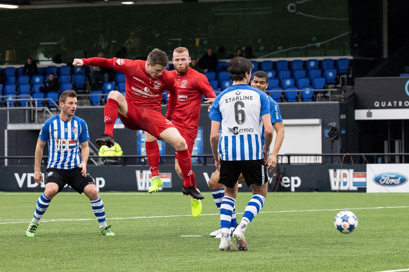 Almere City FC wint eenvoudig van FC Eindhoven