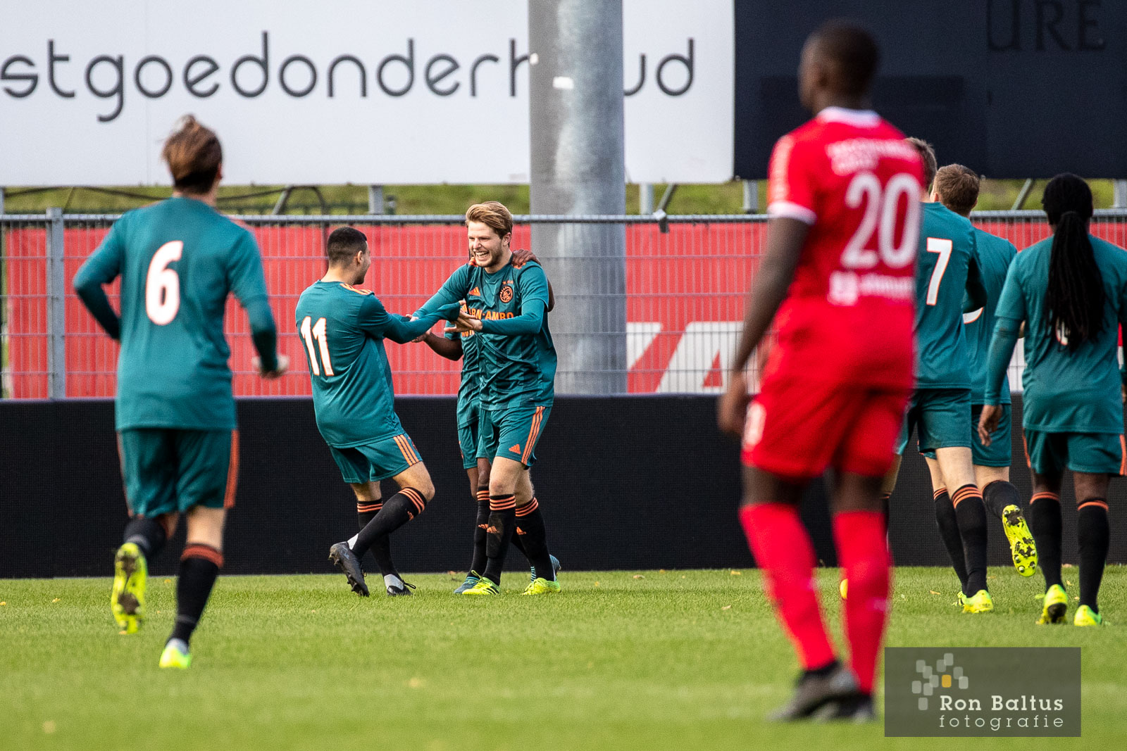 Jong Almere onderuit tegen Ajax