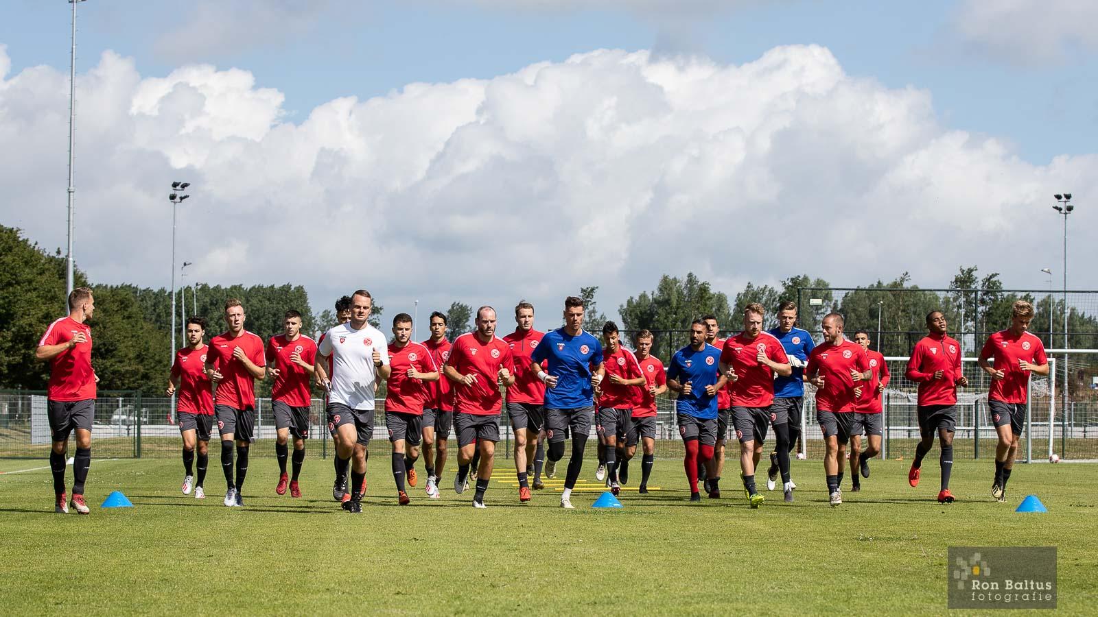 Almere City FC begonnen aan het seizoen 2019/2020