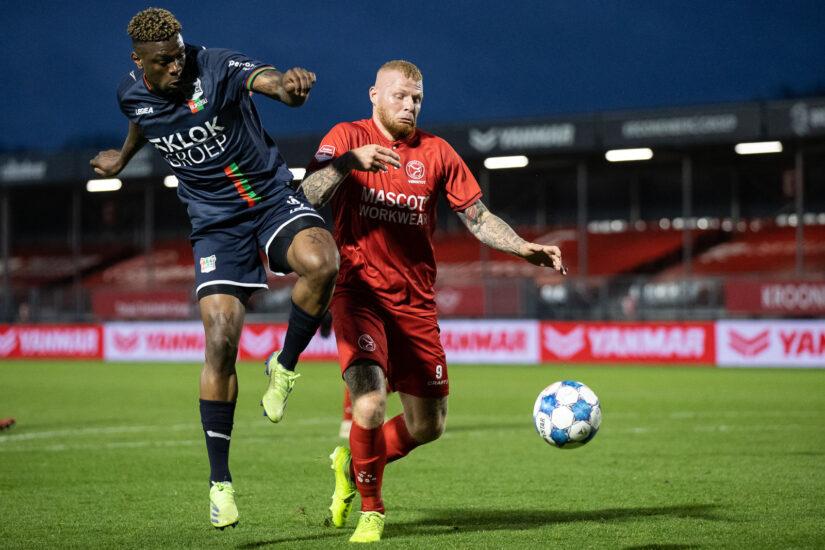 Almere City FC beleefd goede vrijdag tegen NEC en ziet concurrenten punten verspelen