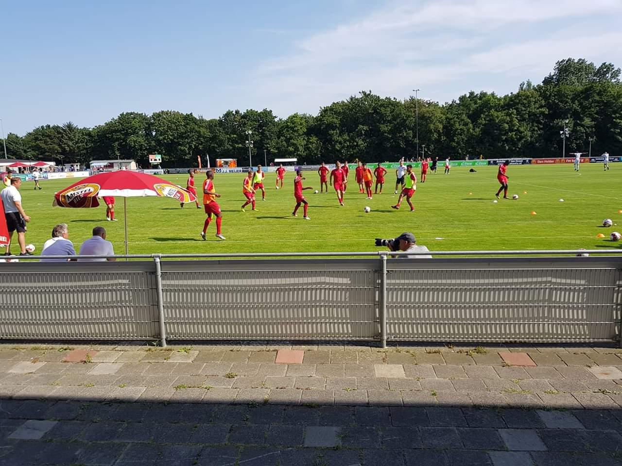 City maakt 9 doelpunten tegen het Helders Elftal