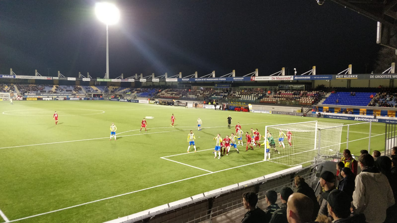 Almere City FC wint met 0-1 op bezoek bij RKC Waalwijk