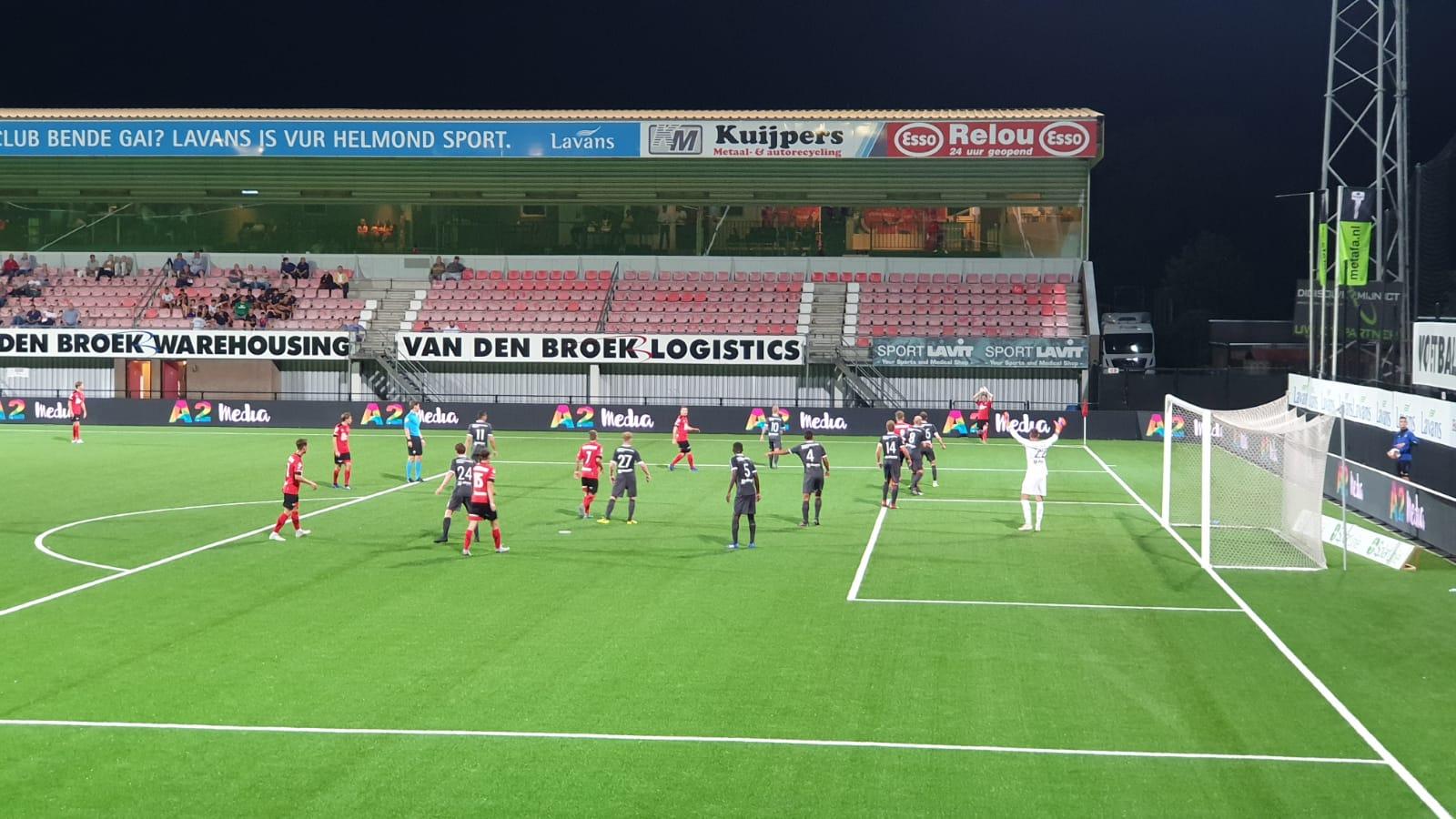 City speelt met 10 man gelijk tegen Helmond Sport