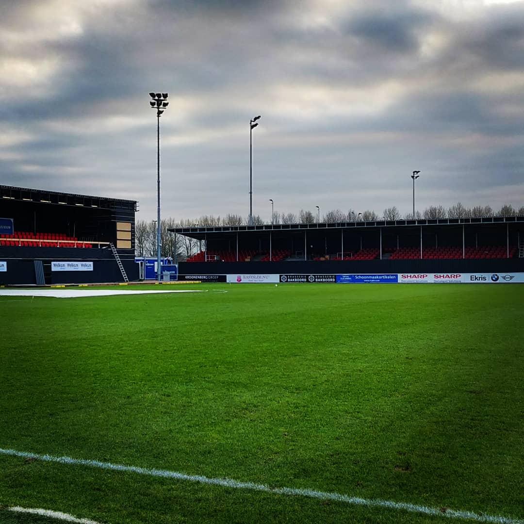 Stadion Update: Stoeltjes en dak geplaatst