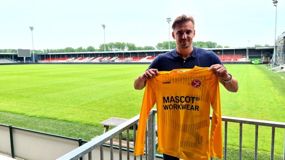 Almere City FC huurt Micheal Woud van Willem II