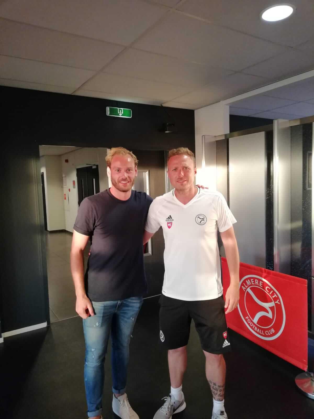 Niek Vossebelt nieuwe middenvelder van Almere City FC