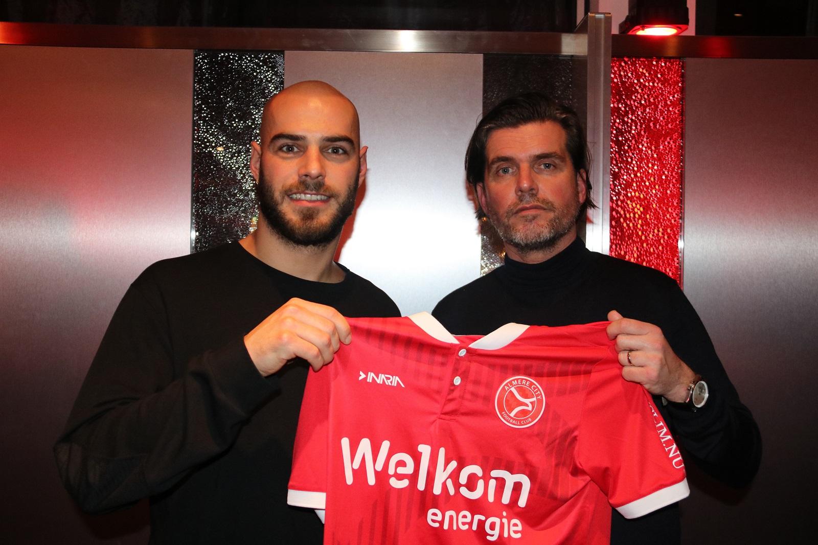Eindelijk! Ruud Boymans heeft een contract getekend bij Almere City FC