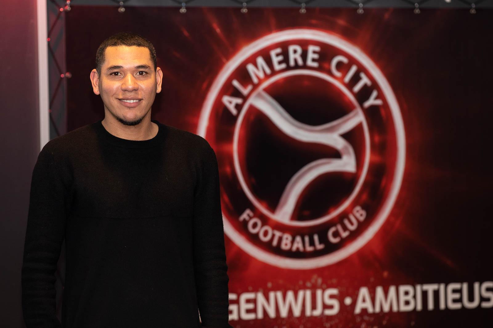 Hedwiges Maduro gaat aan de slag bij de Almere City Football Academy