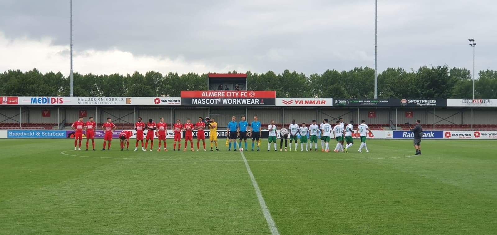 Almere City FC sluit voorbereiding af met zege op Al Ahli