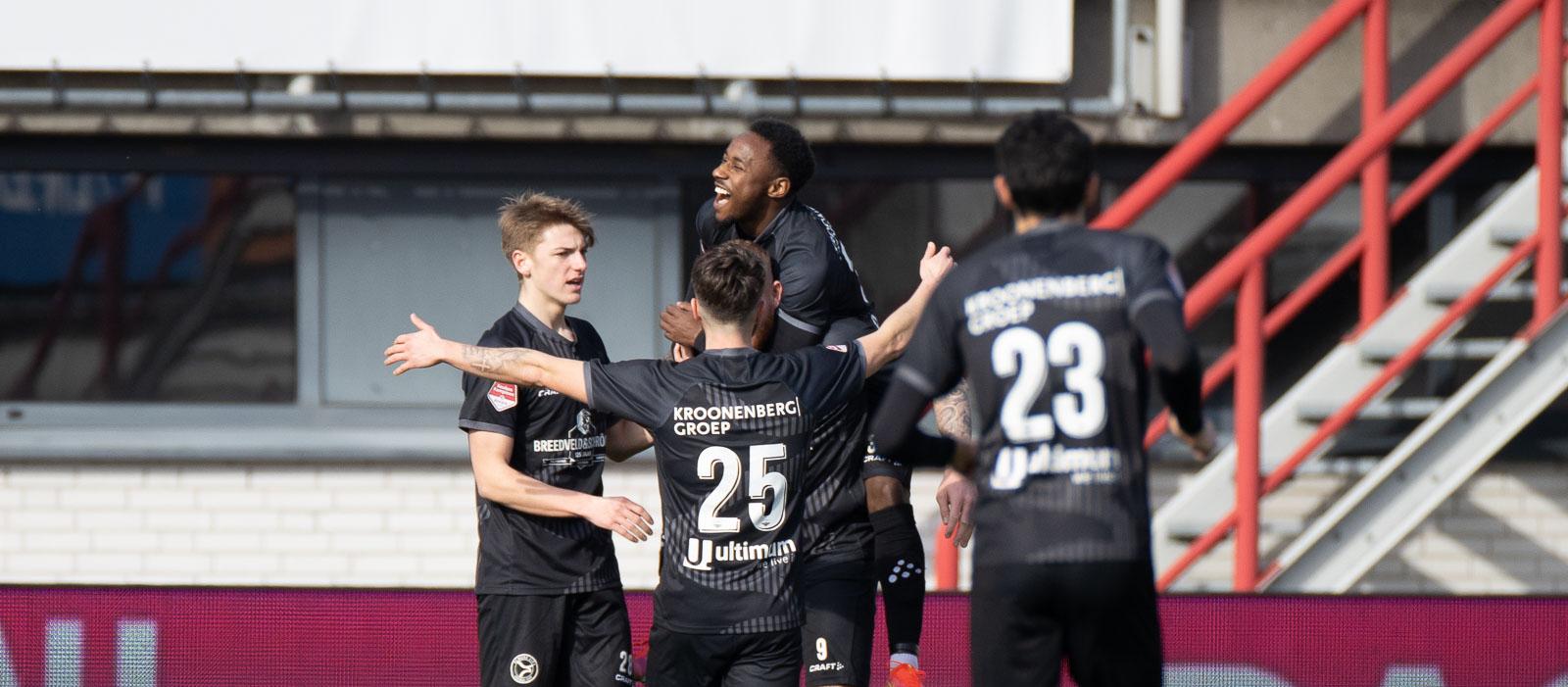 Almere City trekt overwinning over de streep in Oss